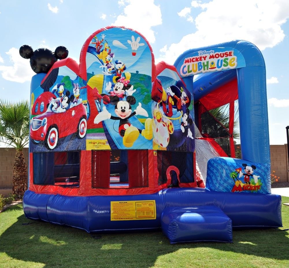 Mickey 5 in1 Bounce House Live compressed